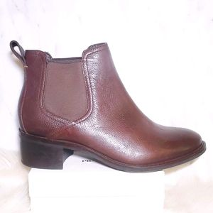 COLE HAAN 6 Corinne Chelsea Ankle Boots Brown